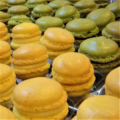 Macarons (Crème Citron Jaune, et Pistache)